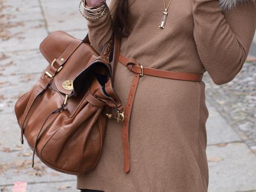 женский тонкий коричневый пояс